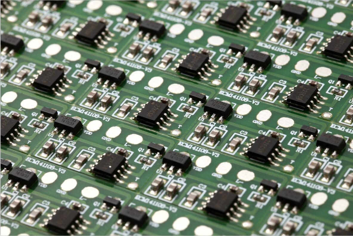 触摸调光IC芯片