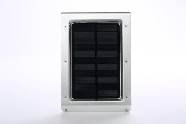 太阳能庭院灯控制器